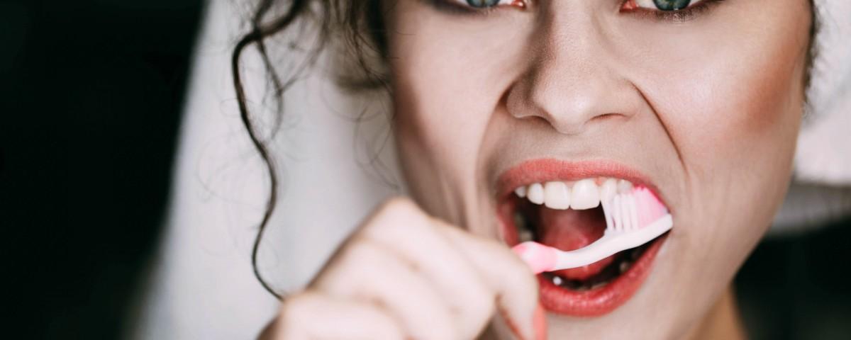 Pozor na poškození zubů při bělení